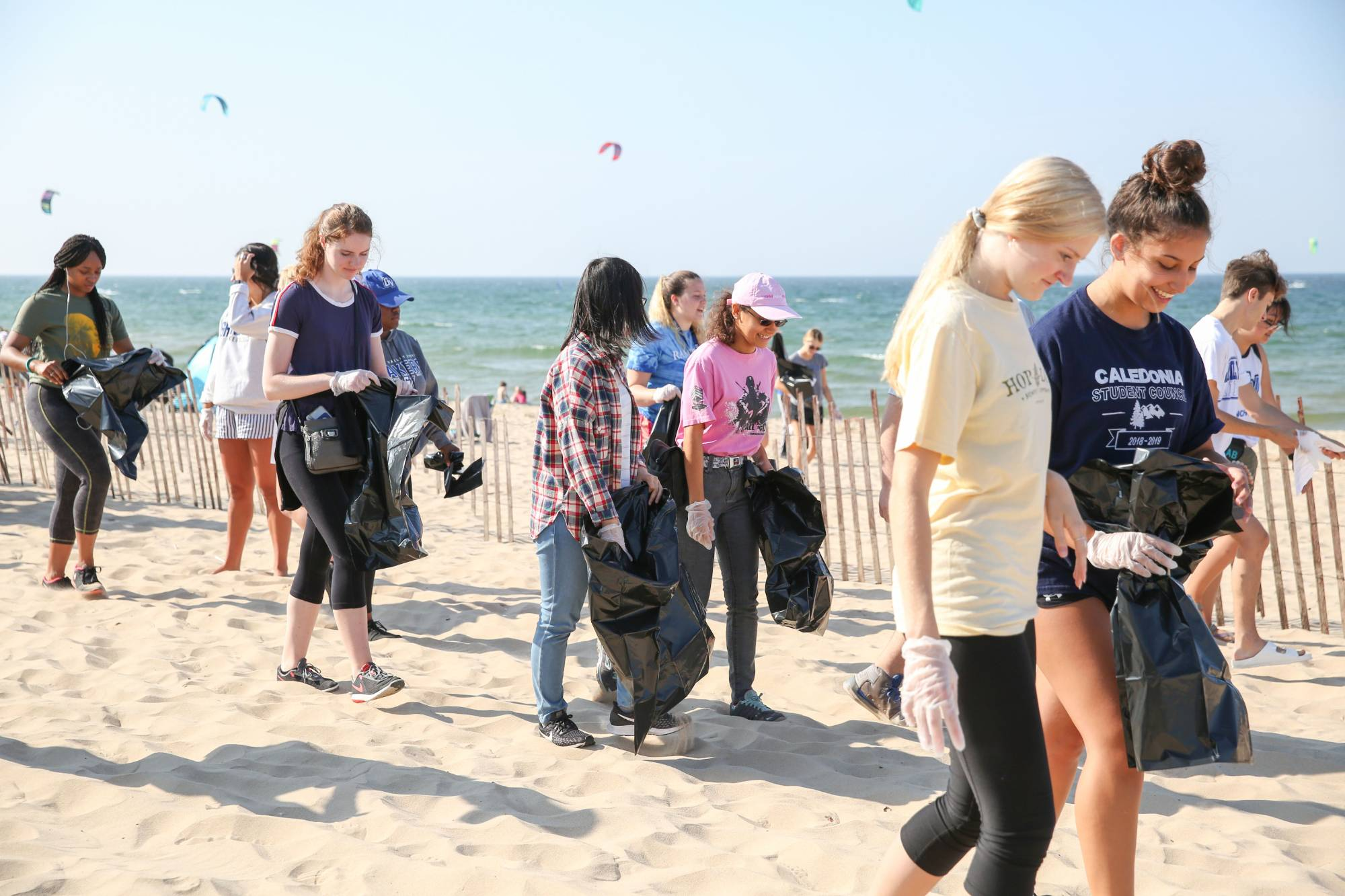 Students at the Beach Clean Up
